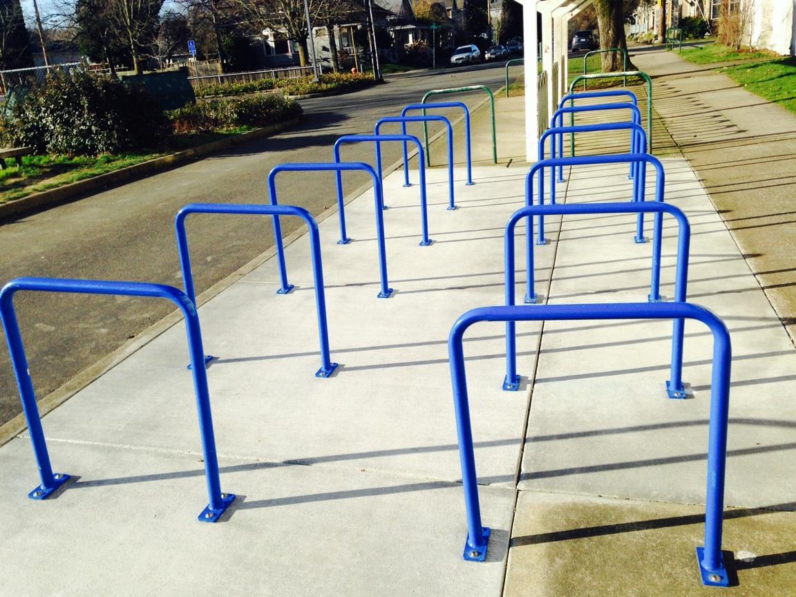 portland-bike-racks-blue-staples